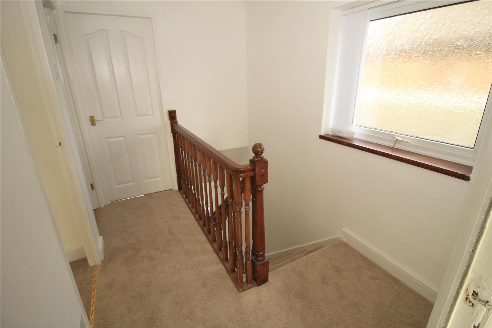 3 Bedrooms, House - Semi-Detached, Charterhouse Drive, Liverpool